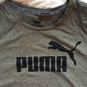Olive green Puma logo athletic T-shirt